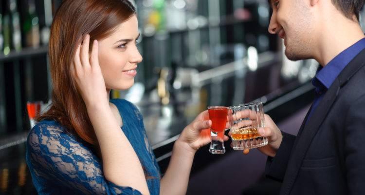 5 Passos para fazer contato visual com uma mulher