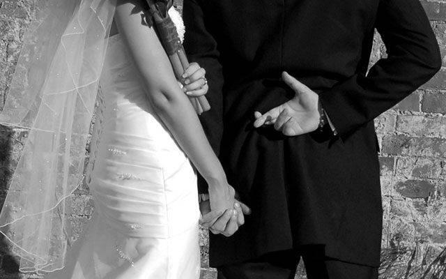 Identificar um mentiroso no casamento